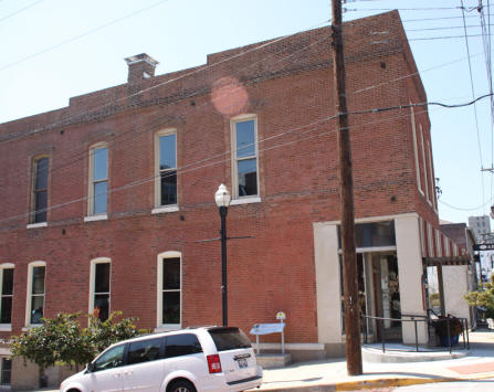 Ryder Building in Alton Illinois