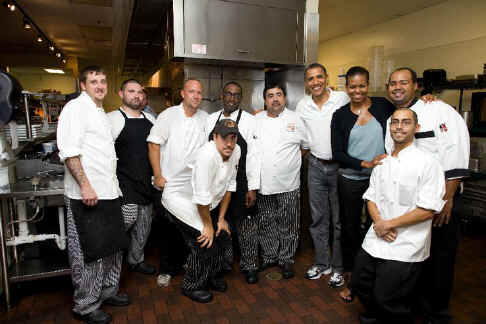 Chef Paul, Staff and Obama.jpg (245254 bytes)