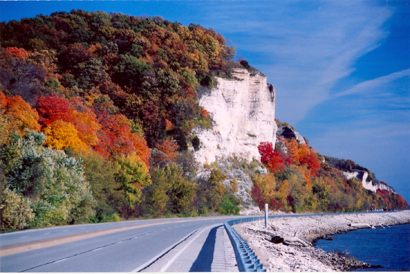 Meeting of the Great Rivers Scenic Byway between Alton and Grafton