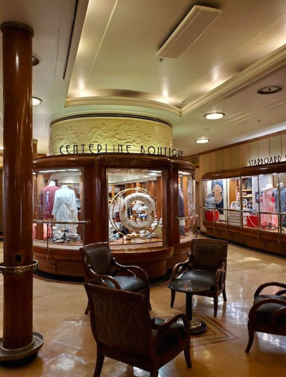 botique displays aboard the Queen Mary