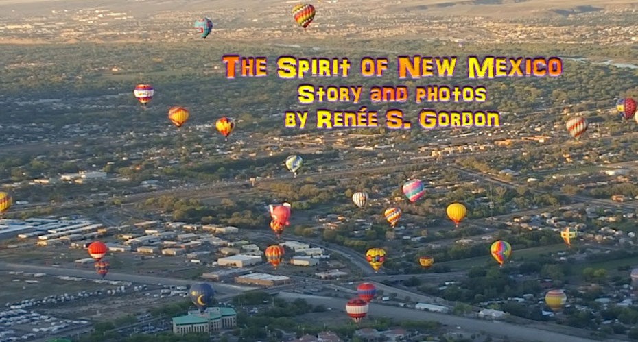 Hot air balloons ove rNew Mexico