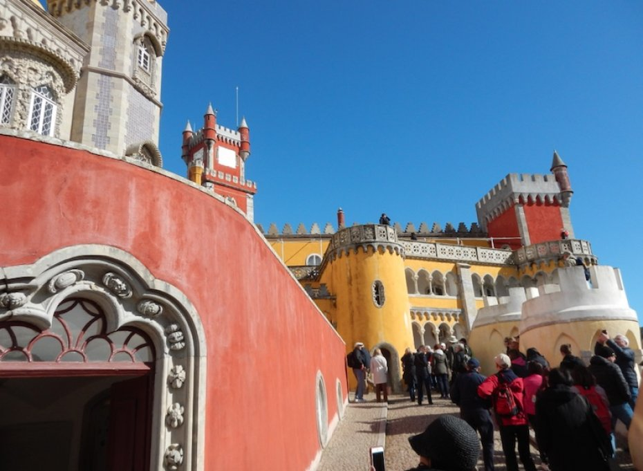 pena palace with visitors