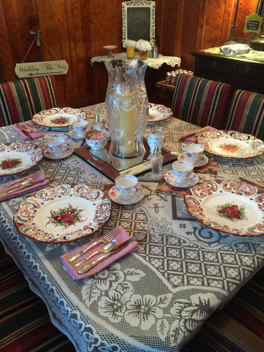 Table setting at Fitzgerald House Bed and Breakfast in Webster Parish, LA